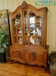 Lemari Hias French China Cabinet